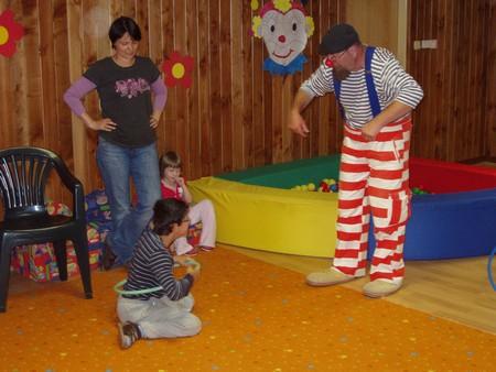 V pátek 1.6.2012 do PAPRSKU přijeli klauni!!!