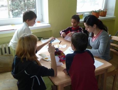 Velikonoční besídka vAzylovém domě pro matky sdětmi